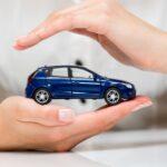 Assurance auto, pourquoi les femmes paient moins cher?